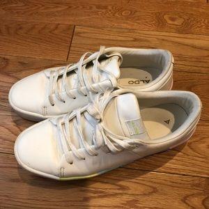 Aldo sz7.5 white sneakers w pastel colored sole